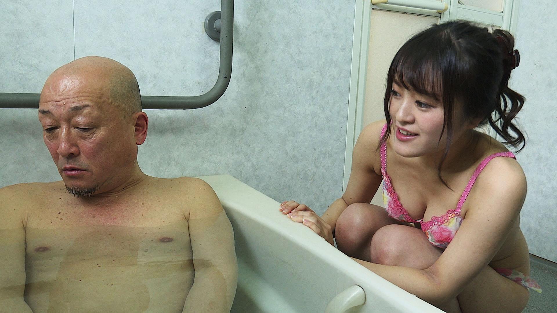 密室の性行為 風呂場でやる!